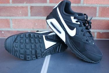 Nike Air Max IVO (2)