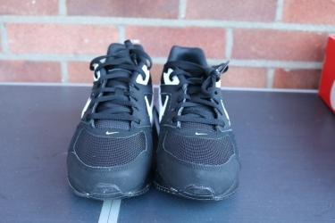 Nike Air Max IVO (3)