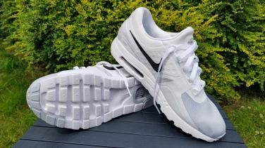 Nike Air Max Zero Essential (2)
