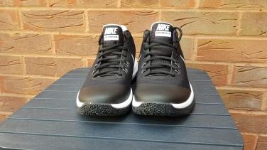 Nike Air Versitile (3)