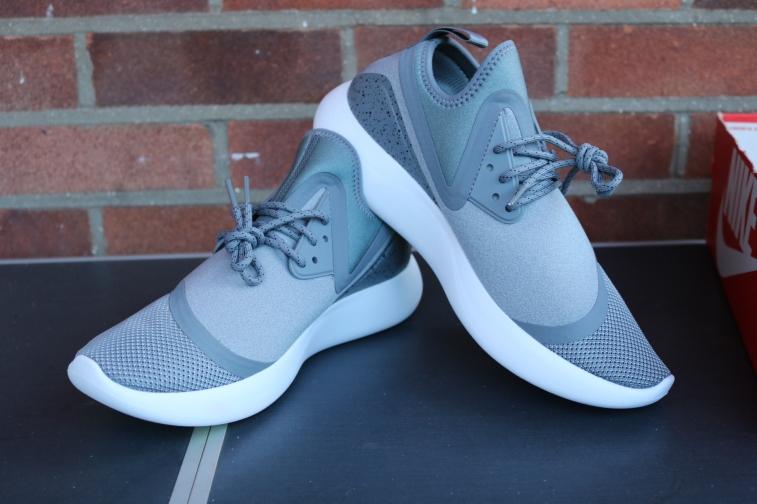 Nike Lunarcharge essential (1)